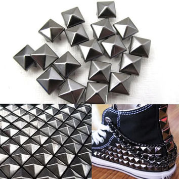 100x Black Metal Pyramid Stud Spot Punk Rock Shoes Spikes Bag Belt Leather Craft