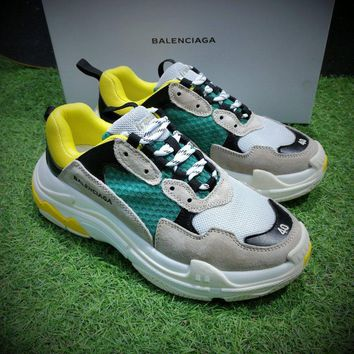 Best Online Sale Fashion Balenciaga Triple-S Sneaker 17FW Khaki Grey Green Casual Shoes 656686W06G011001