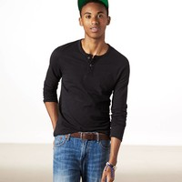 AEO Men's Legend Long Sleeve Henley (True Black)