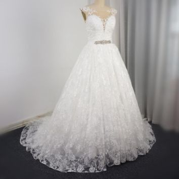 Sleeveless Wedding Dress Lace Layer Lace Up Pearl Beaded Crystal Belt Bridal Gown