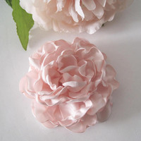 Beautiful Light Blush Pink Satin Peony Bridal Flower Hair Clip Bride Bridesmaid Prom Wedding Accessories Flower Hair Clips