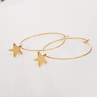 Gold Hoop Earrings with Star Charms, Star Earrings, Circle Earring Stars, Everyday Earrings, Star Pendant Earrings / E535