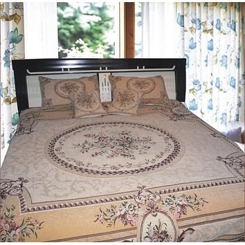 Creamy Beige Elegant Victorian Floral Medallion Soft Chenille Woven Tapestry Coverlet Bedspread Set - Twin - 3-Pieces (YFJF-D-001)