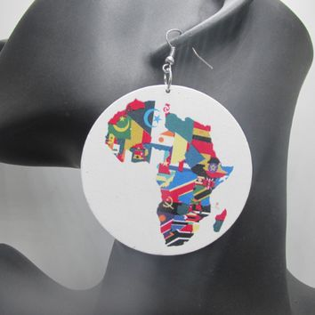 United Colors of Africa Earrings | Africa shaped earrings | African earrings | Natural hair earrings | Afrocentric earrings | jewelry | accessories