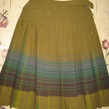 50s Pendleton Turnabout skirt / reversible 50s wool plaid skirt / 1950s pleated wool skirt