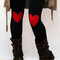 Red heart patched leggings in black