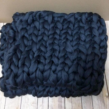 "Chunky Knit Throw Blanket, Chunky Knit Throw, Chunky knit blanket, Bulky Merino Wool Blanket, Dark Grey Throw Blanket, 36""x 50"", Knit Throw"