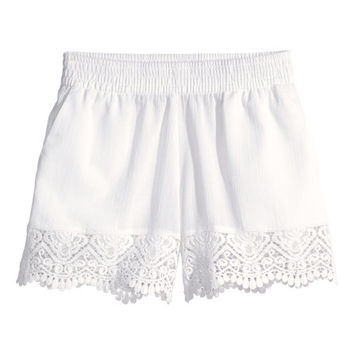 Lace-trimmed Shorts - from H&M