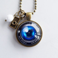 Camera Lens Necklace - Photography Jewelry - Gift For Photographer - Camera Pendant - Photog Necklace - Camera Lens Glass Pendant