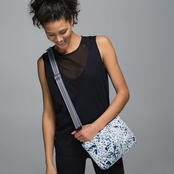 Hip To Be Free Bag *Polyester