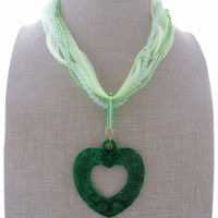 Green jade necklace, heart necklace, pendant necklace, stone necklace, uk gemstone jewellery, heart charm, italian jewelry, romantic jewels