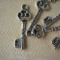 10PCS - Alloy Key Charms - Antique Silver Finish - 25mm - Findings by ZARDENIA