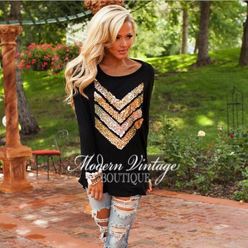 Round Neck Long-Sleeved Sequins Stitching T-Shirt in Black