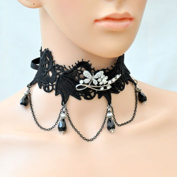 Black Gothic Lace Choker, Victorian lace necklace, Gothic Lolita collar,  black kawaii choker Lace victorian necklace, Black crystals choker
