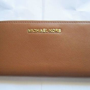 CREYON8Y Michael Kors Bedford Continental Wallet Leather Luggage