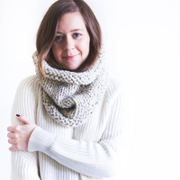 Chunky Knit Cowl Rolled Brim Neck Warmer | THE SAYMERE | Oatmeal
