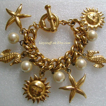 CAROLEE Limited Edition Summer On The Sea Rich Matte Goldtone Faux Pearl Seahorse Starfish and Sunface Chunky Charm Couture Runway Bracelet