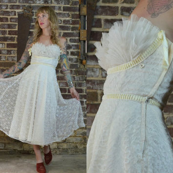 50's Cupcake Strapless Ivory Lace Clamshell Prom / Wedding Dress