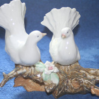 Vintage Pair of Dove's Hand painted Spain,Collectible Vintage,Castawayacres