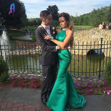 Elegangt Green Mermaid Prom Dresses Long Satin Halter Sweep Train Evening Party Gown Formal Women Dress