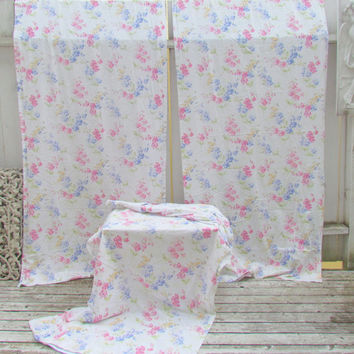 Set Of Three White Floral Curtains by VannasArmoire on Etsy