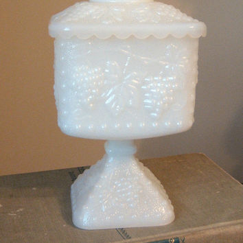 Milk Glass Footed Compote with Lid Grape Design vintage 50s Candy Dish Jewelry Holder Trinket Box