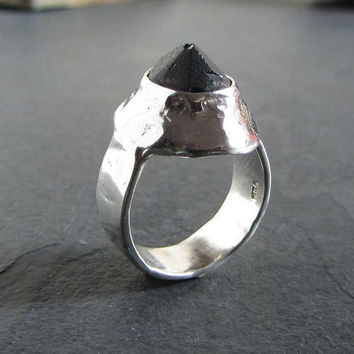Sterling silver and black onyx ring // rough gemstone ring / statement ring / unique ring / rustic ring / rough ring / matte black onyx