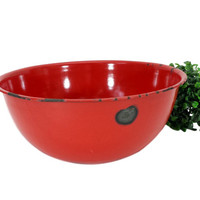 Vintage Red Enamel Bowl Large Enamelware Mixing Bowl Retro Kitchen Decor Shabby Farmhouse Chic Rustic Country Distressed Planter Fruit Dish