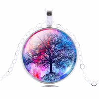 Fashion Life Tree Pendant Necklace Vintage Silver Color Chain Necklace in Jewelry Classic Glass Cabochon Necklace