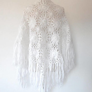 Large white sunflower tassel shawl / floral / wool / vintage / retro / boho / summer / gift / open knit / triangle / floral crochet shawl