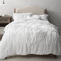 Washed Appliquéd Fleur & Vintage-Washed Percale Bedding Collection