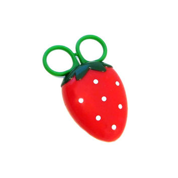 Strawberry Kitchen Scissors // Tiny Magnetic Scissors // Fridge Magnet Mini Scissors // Cute Kawaii Strawberry Kitchen Accessory Tool