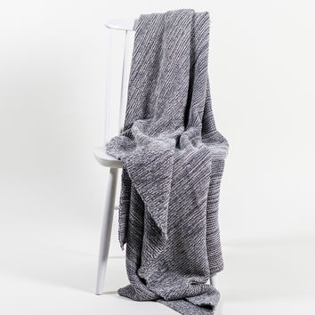 CIBONE / by mlle DENIM THROW BLUE