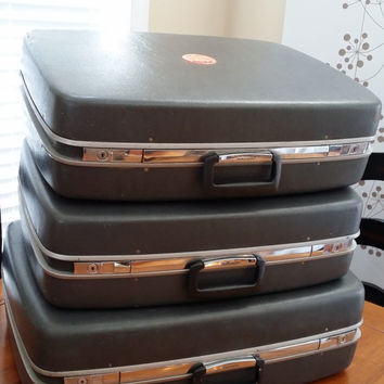 Set of 3 Vintage Grey Samsonite Horizon Luggage Set Great Travel Style Suit Cases Retro Style Decor