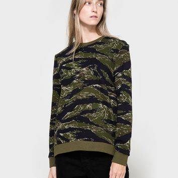 6397 / Camo Zip Sweat