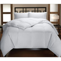 Down Alternative White On White Comforter in Twin Size