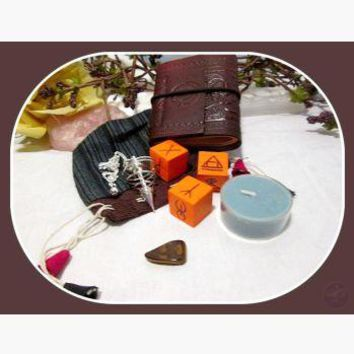 Twisted Witches Divination Dice Set