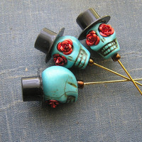 Day of the Dead Lapel Pin Groom Groomsmen Top Hat Blue Skull red roses Wedding Prom