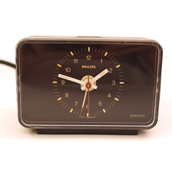 Vintage Philips Alarm Clock. Small black desk clock. Made in W. Germany. Type HR 5286.