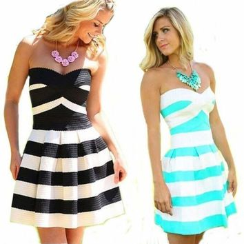 Sexy Strapless Pleated Skater Dress