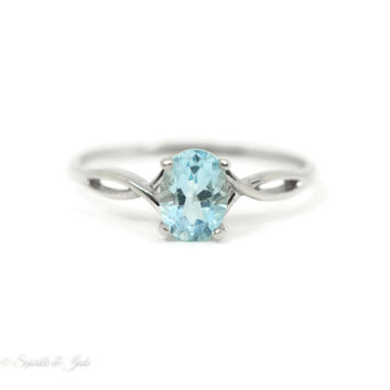 14k White Gold 7x5 Oval Genuine Aquamarine Ring
