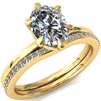Lyla Oval Moissanite 6 Claw Prong Solitaire Ring