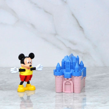 Vintage Blockbuster Exclusive Walt Disney Mickey Mouse And Blue Castle Toy 1996