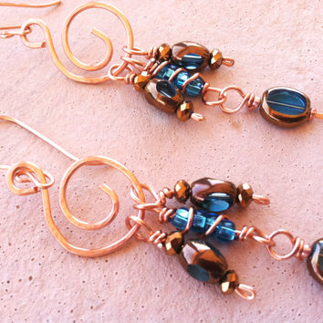 Handmade Copper Wire Glass Turquosie Bead Long Dangle Earrings, Hammered Copper Jewelry, Spiral Wire Earrings, Elegant Sparkly Earrings