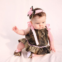 baby girl camo, realtree gift set, pillowcase dress, shoes, hair bow
