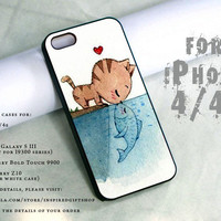 cat kissing fish design print - black case - for iPhone 4 / 4s