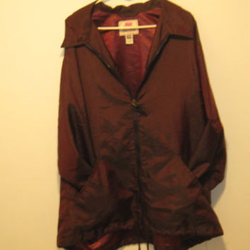 Vintage 80s Women's LEVI Strauss & Co. Burgundy/Maroon Windbreaker or Spring Jacket - Large
