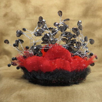 Valentine Wedding - Gothic Wedding - Crown - Tiara - Red Hair Accessories - Bridal Headpiece - Wedding Accessories - Goth - Headband