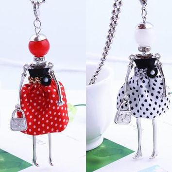 free shipping!French Paris 7 color female doll Necklace Pendant Necklace long beads jewelry accessories