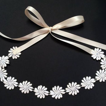 Lace Daisy Headband - Festival Headband, Coachella Flower Crown Headband,  Boho Wedding Headpiece, Prom Accessories,